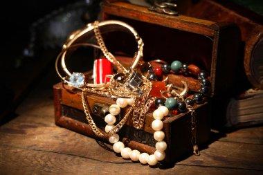 Open Jewelry Box