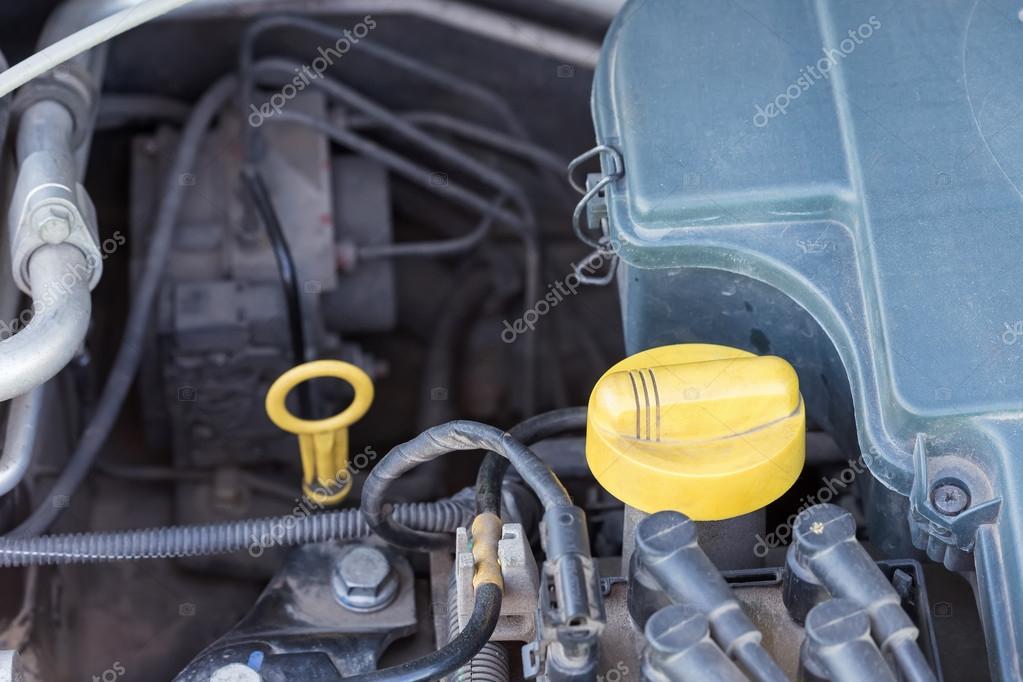 Teile von Auto-Motor — Stockfoto © pashapixel #121909418