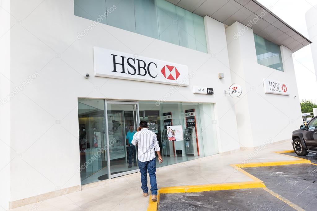 HSBC bank entrance at Plaza Holywood – Stock Editorial Photo