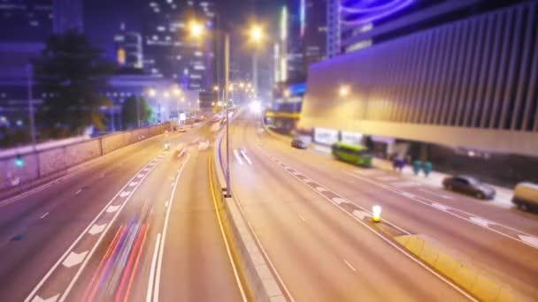 mozgó autók a közúti autópálya