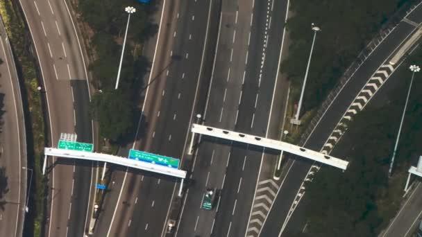 cesta s mnoha linky s přepravou