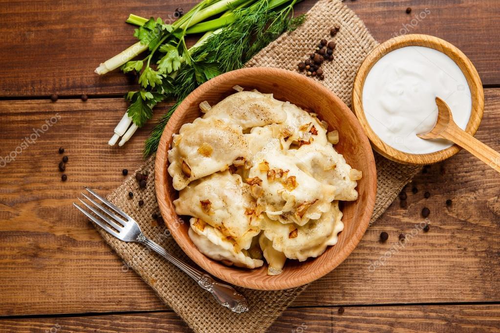 Ukrainische Küche | Traditionelle Ukrainische Kuche Knodel Varenik Stockfoto