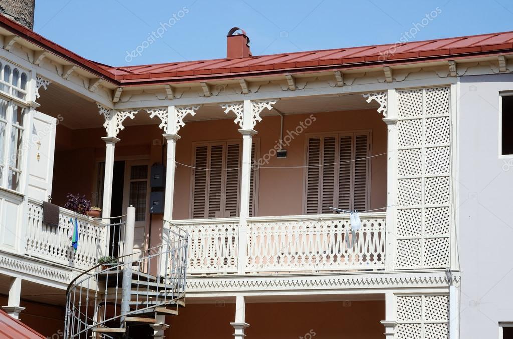 traditional georgian architecture in abanotubani historical part of