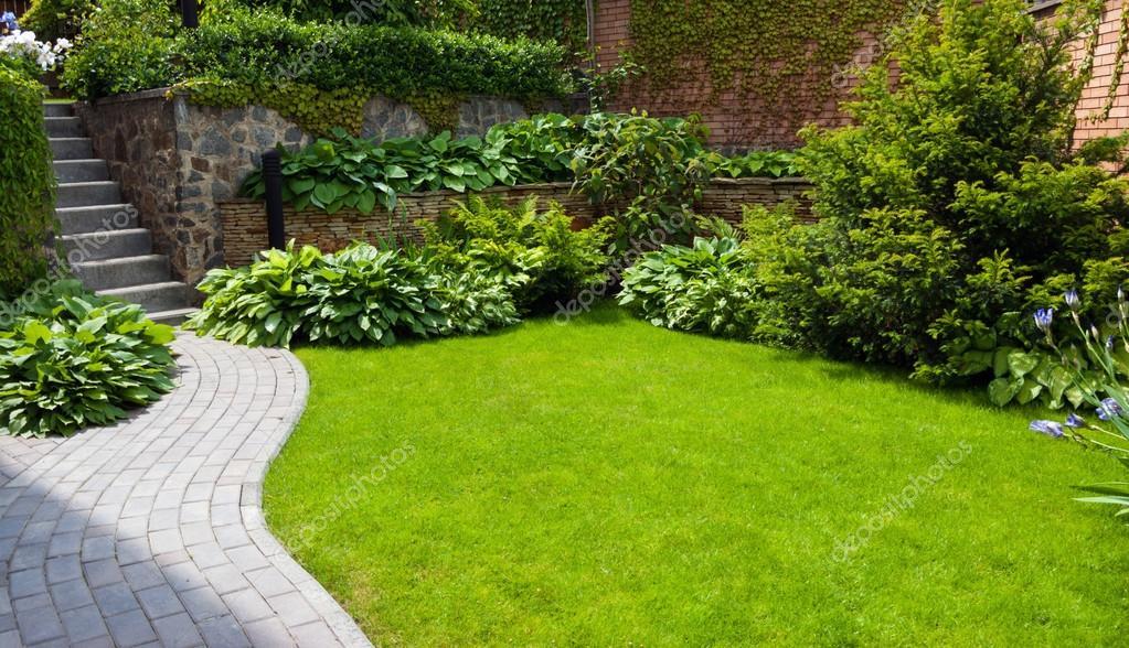 Gras In Tuin : Kunstgras tuin en terras van de lockant kunstgras