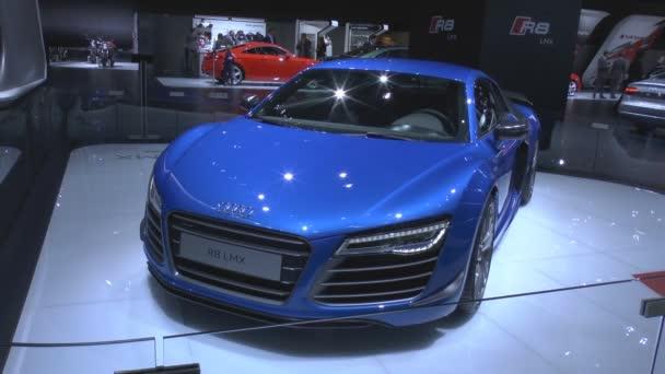 Audi r8 lmx svět je první sériový vůz s lasery světla