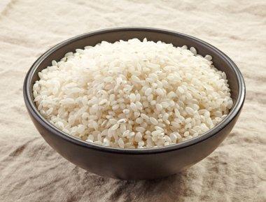 bowl of raw round rice