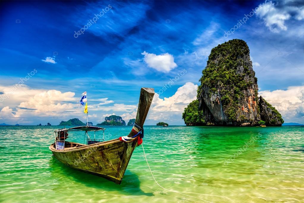 Фотообои Long tail boat on beach, Thailand