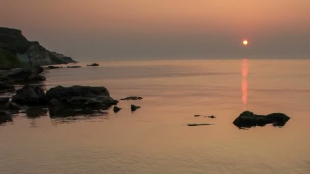 Sonnenaufgang über der Tsimlyansk-Stausee. Wolgodonsk, Rostow, Russland, Full Hd