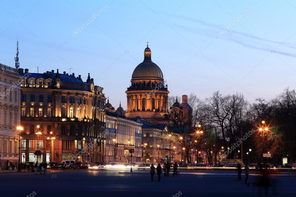 Night view of St. Isaac's Cathedral in St. Petersburg, Russia