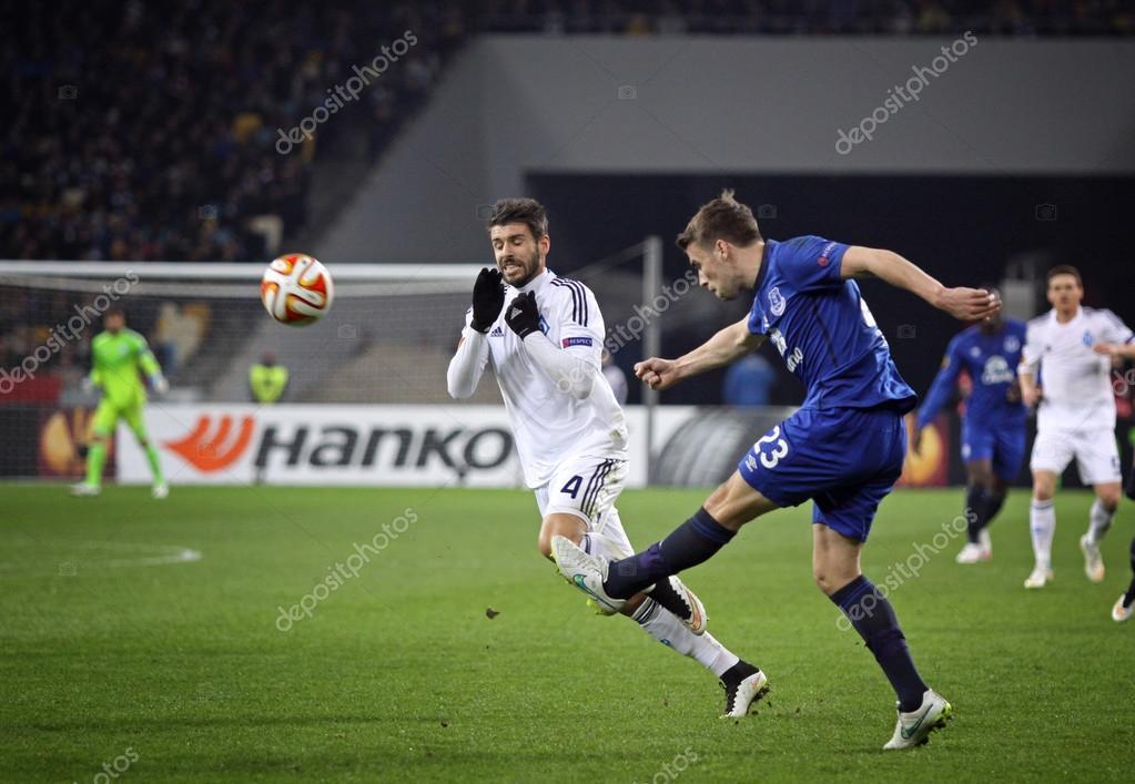 Футбольный матч динамо киев эвертон