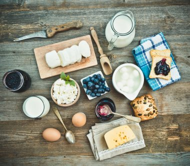 Summer fruit and dairy products
