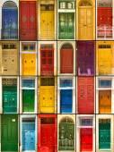 Fotografie bunte Haustüren zu Häusern
