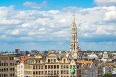 Panoráma města Bruselu v letní den