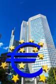 symbol měny euro ve Frankfurtu