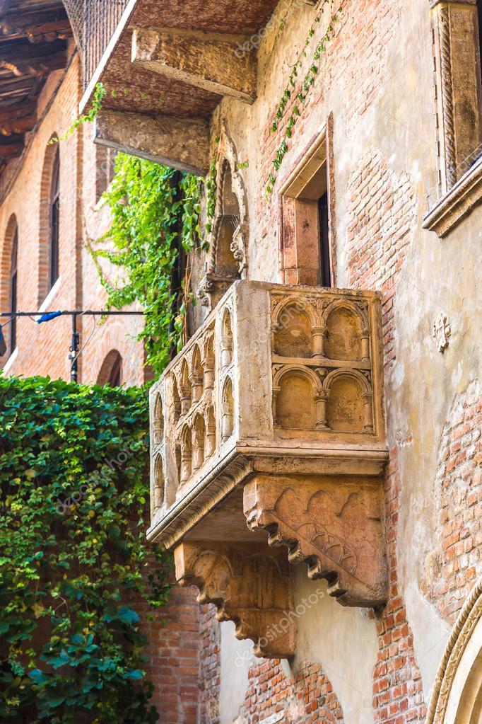 Balkon Von Romeo Und Julia In Verona Stockfoto C Bloodua 88445260