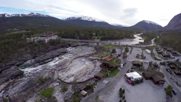 Norsko, kempování s ptačí perspektivy