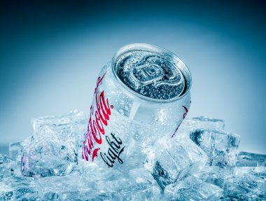 Can of Coca-Cola Lignt on ice.