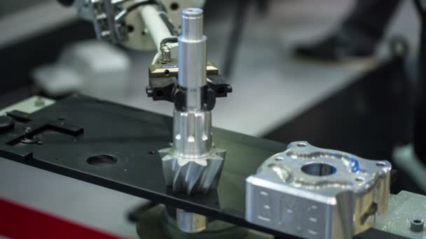 průmyslové robotické rameno