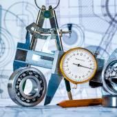 műszaki rajz és eszközök