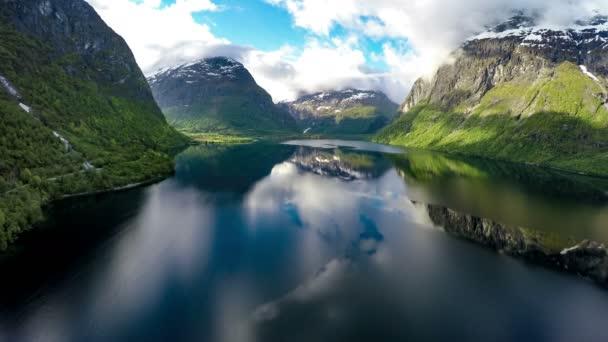 Norvégia gyönyörű természet légi felvételeket. Shot 4k (ultra-nagy felbontású (Uhd))