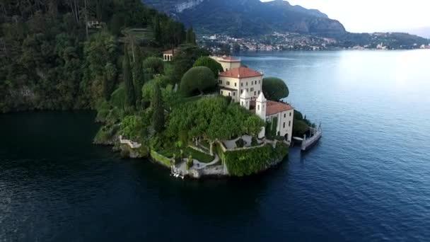 Luftbild von Villa Balbianello, Comer See