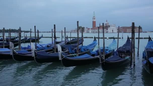 Gondole na Grand Canal, Benátky, Itálie