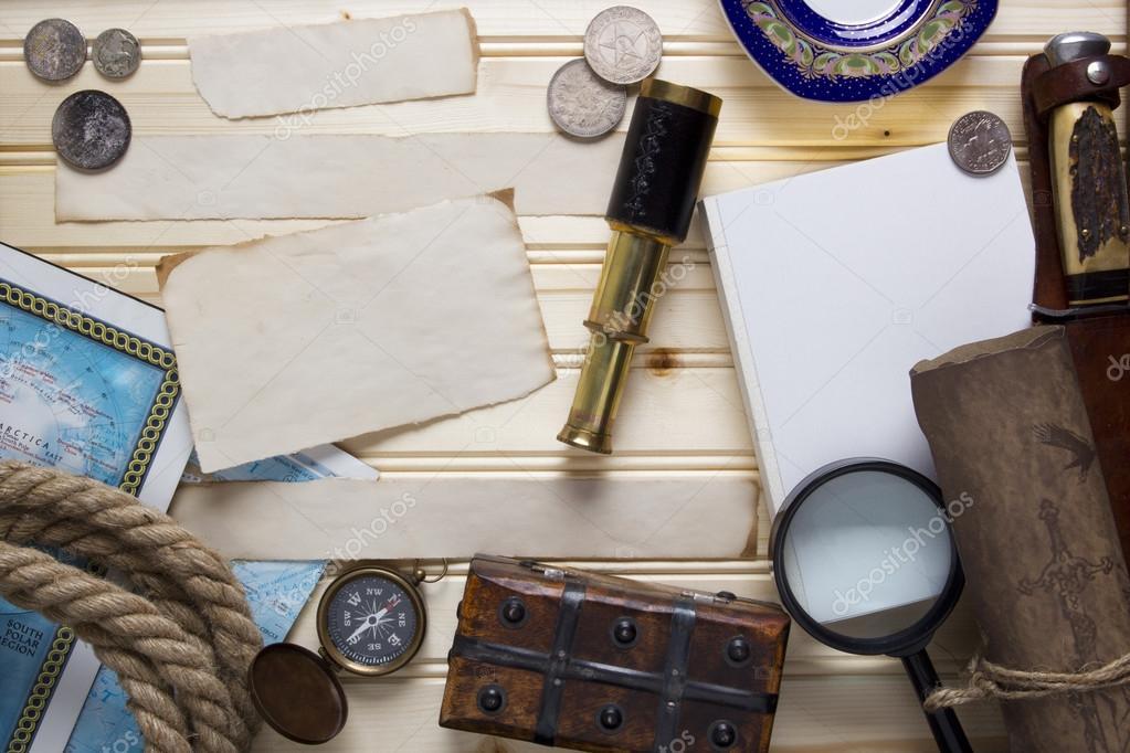 Set a treasure hunt and a traveler