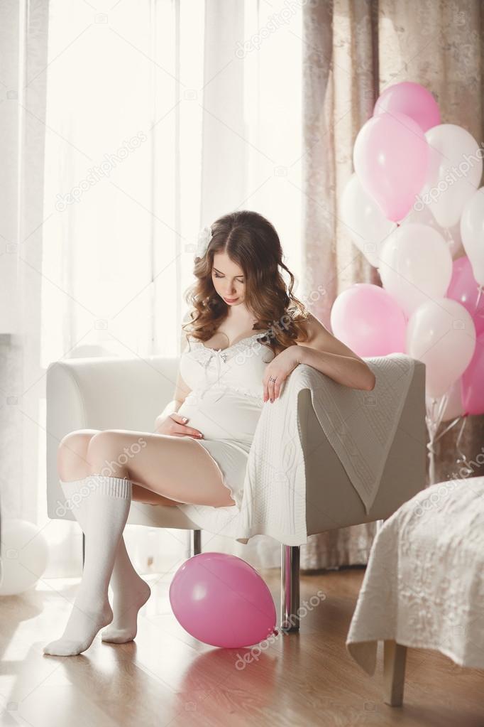 Девушка в длинных белых носках фото фото 527-120