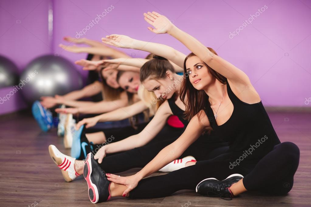 Young girls exercise class 1