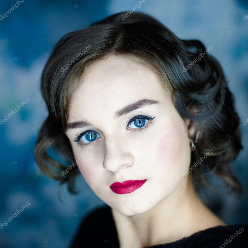 Woman With Classic Hairstyle And Red Lips Stock Photo Rumisphoto