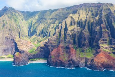 Magnificent view at na pali coast at kauai island, hawaii, from helicopter stock vector