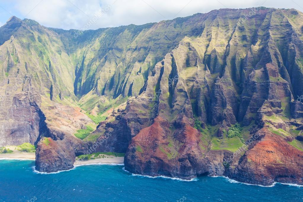 na pali coast at kauai