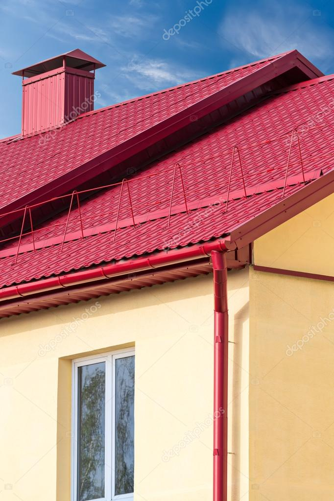 House With New Red Metal Roof U2014 Stock Photo #84768794