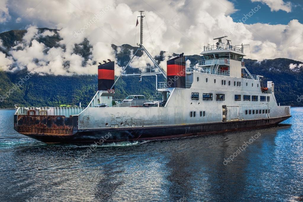 Фотообои Ferry in Norway