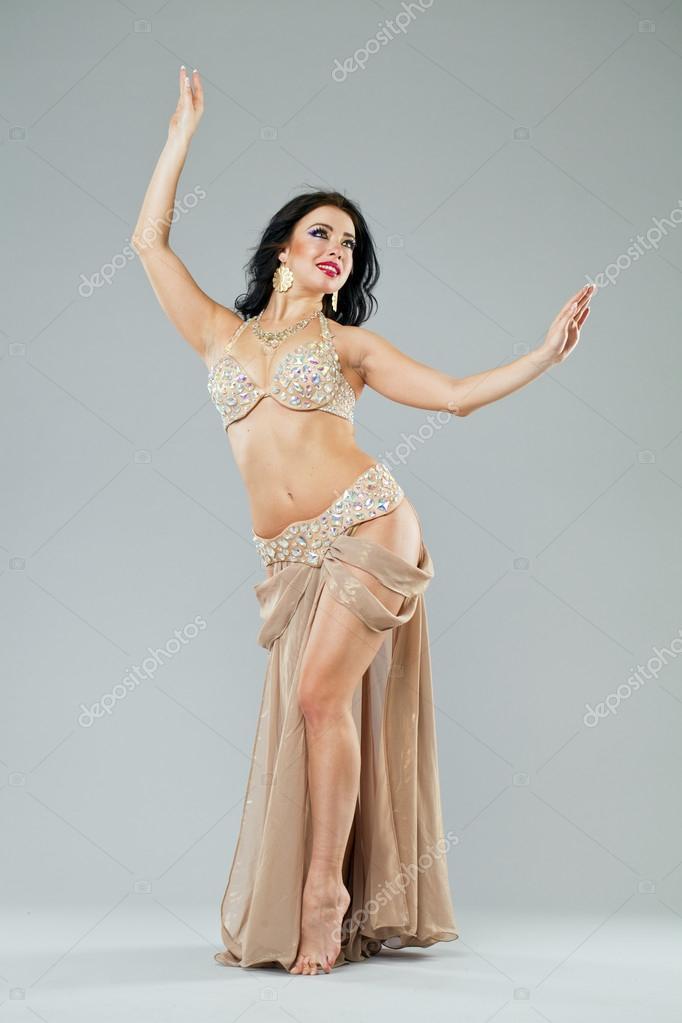 — Sexy En Photographie Femme Portrait De Jeune Longue La Jupe Arabe nwP08Ok