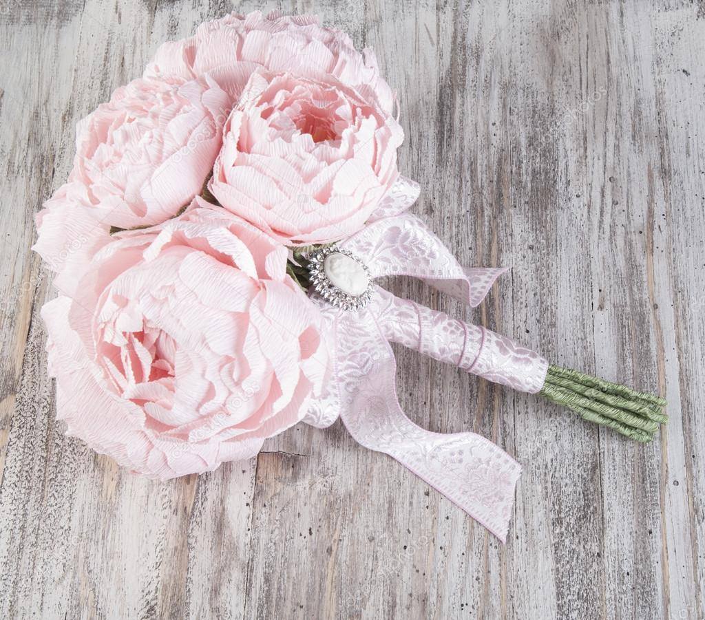 Rosa Papier Pfingstrosen Hochzeitsblumen Stockfoto C Nanka Photo
