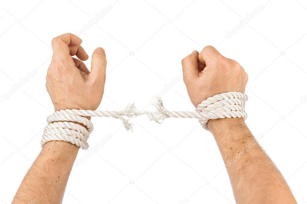Протяни конец через петлю, вокруг веревки и обратно в полузацепку.