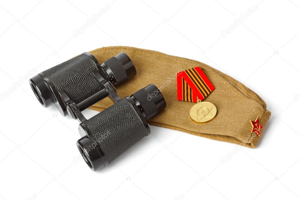 Sowjetische armee soldaten feldmütze und ferngläser u stockfoto