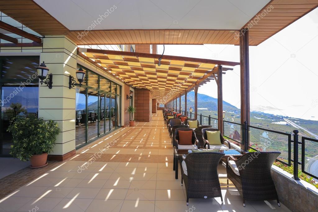 Moderne Café auf der Terrasse — Stockfoto © Viktor4ik #88622168