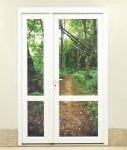 Les a bílé dveře