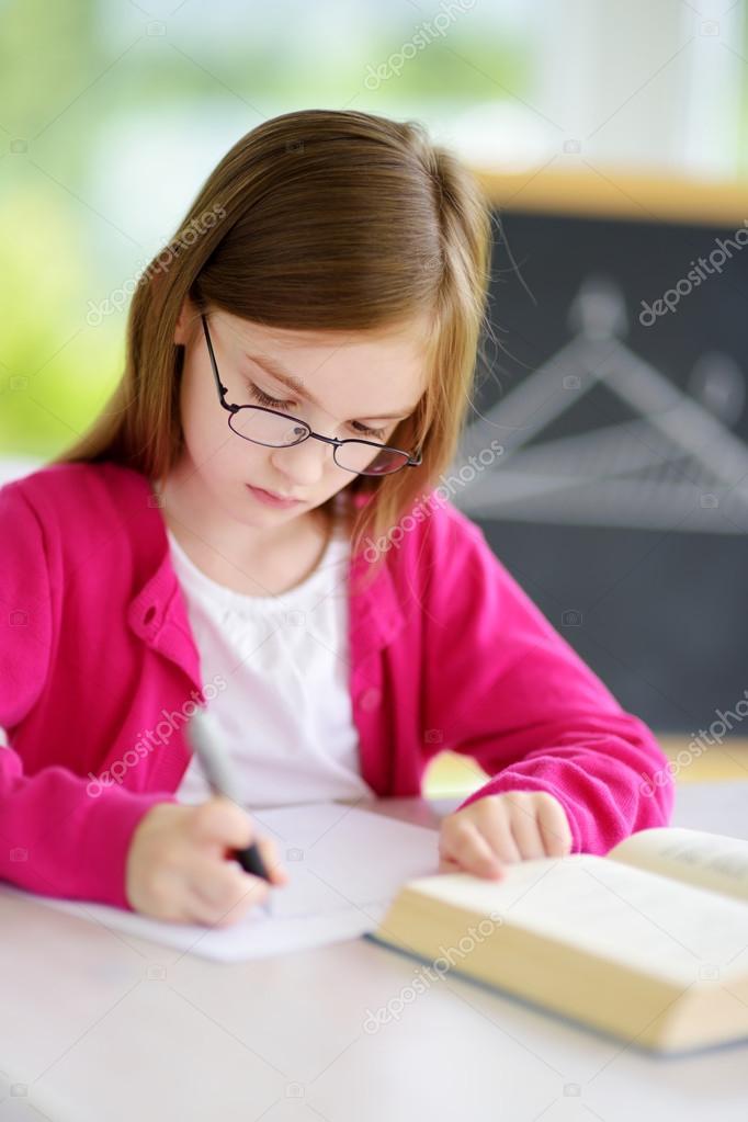 """Képtalálat a következőre: """"okos kis gyerek képe, fotója"""""""