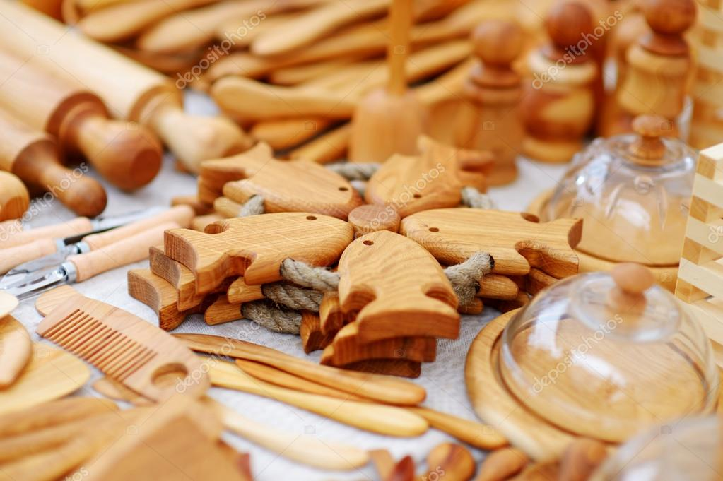 Utensili da cucina in legno e decorazioni — Foto Stock © maximkabb ...
