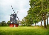 Fotografie větrný mlýn v kastellet v Kodani