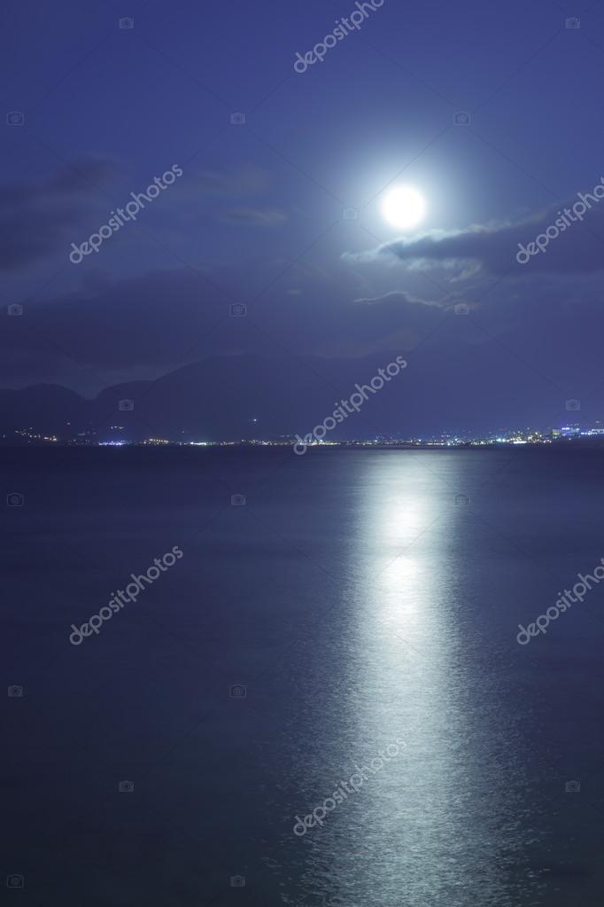 Luna Piena Sul Mare Foto Stock Zoooom 78278210