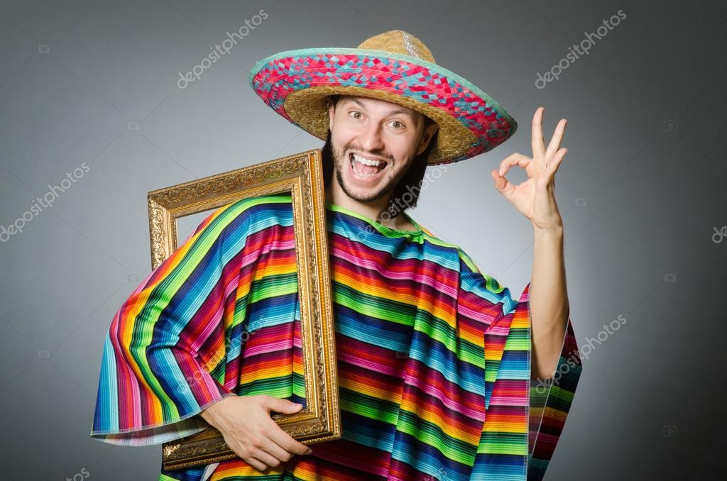 Lustiger Mann mit Sombrero und Bild Rahmen — Stockfoto © Elnur_ ...