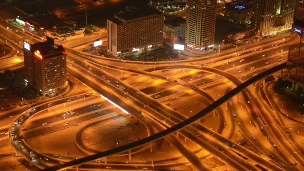 Rušné křižovatce v Dubaj Spojené arabské emiráty