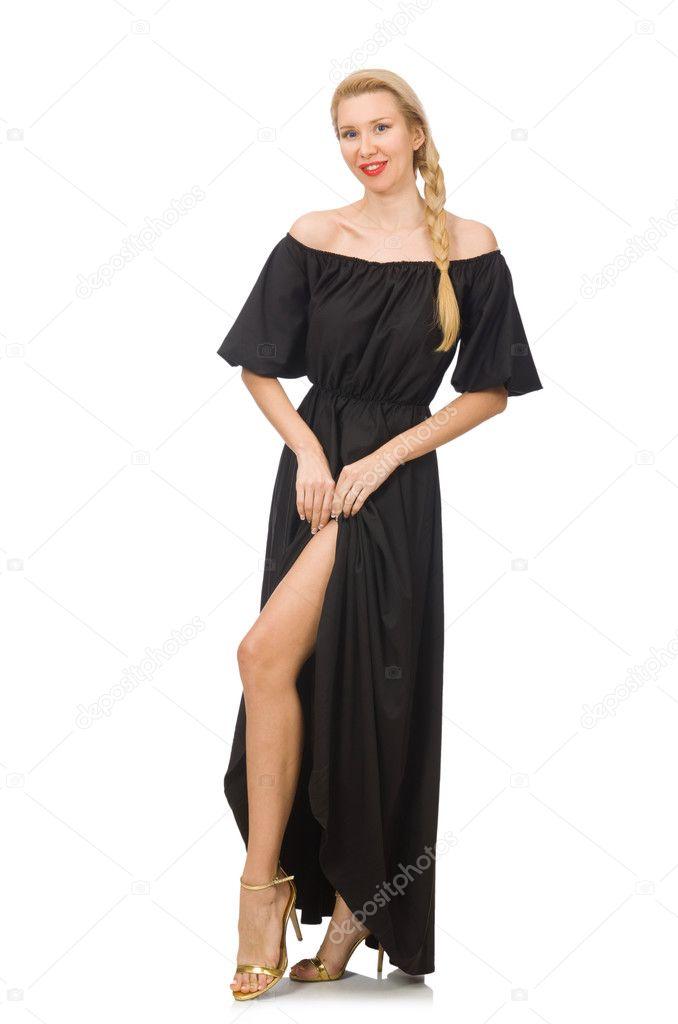 Mujer de largo vestido negro