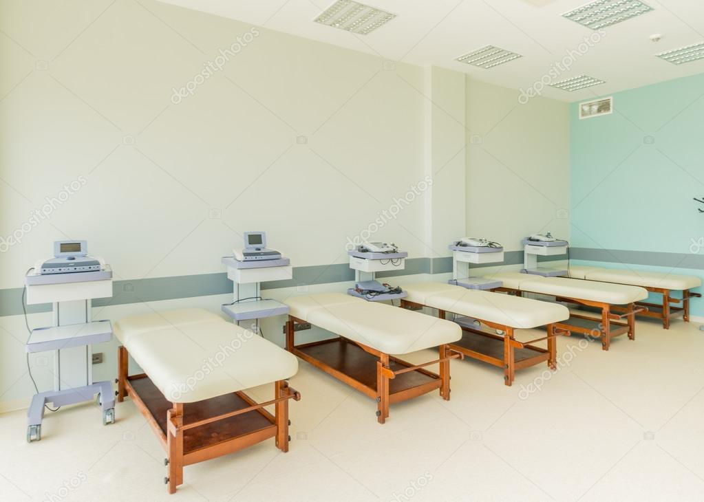 Chambre à l\'hôpital moderne — Photographie Elnur_ © #79179690