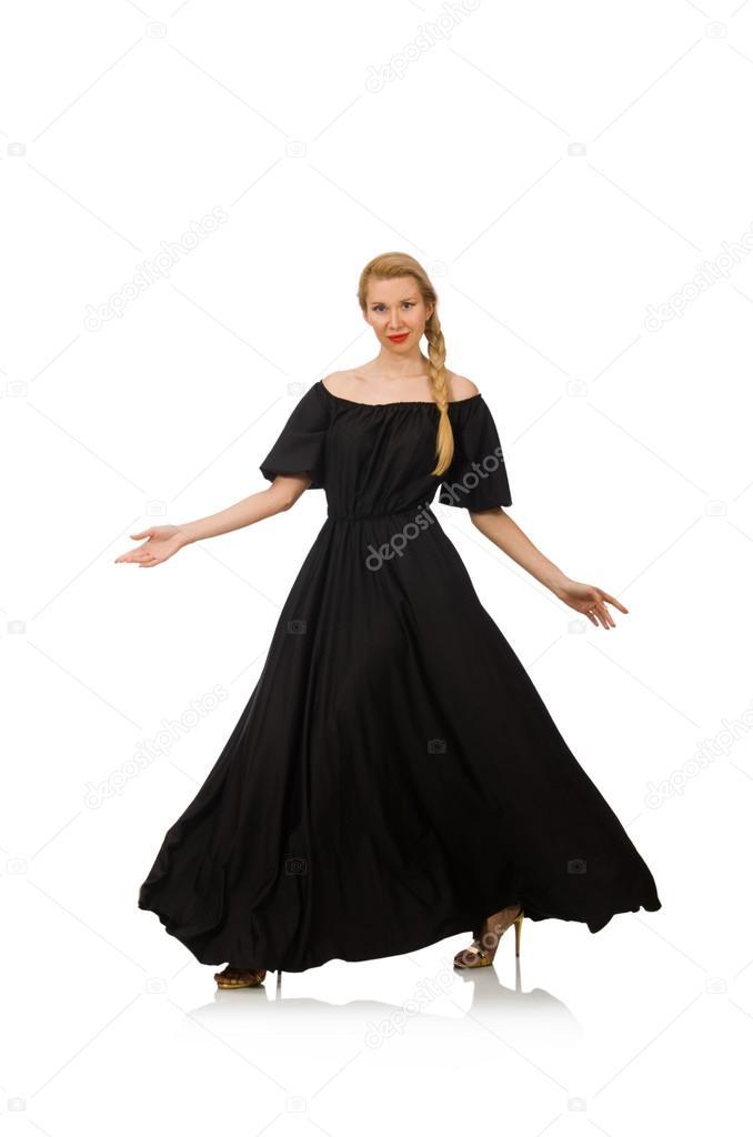 La mujer alta y vestida de negro