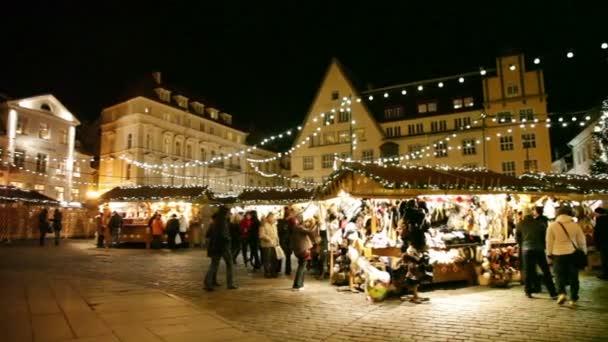 Ferienmesse in der Altstadt von Tallinn